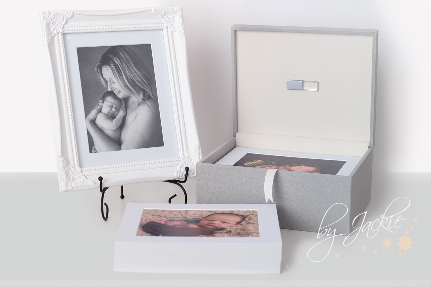 Our treasure boxes also come in a stunning grey finish