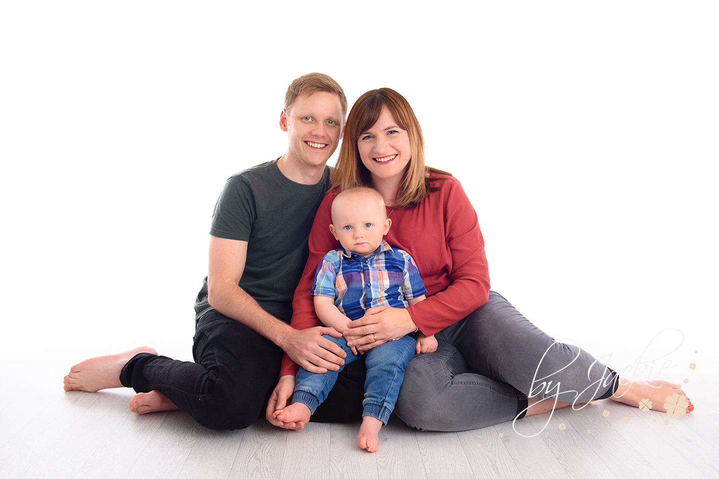 Family portrait with toddlers by Babies By Jackie Photography in Market Weighton, York, North Yorkshire, UK
