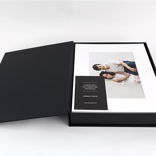 Matted Print Box